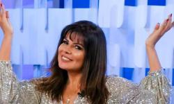 A talentosa Mara Maravilha é destaque na capa da Revista Alvo dos Famosos.