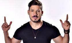 O cantor Diego Moraes, é o próximo convidado de Van Carvalho, na live 'Vem Com a Van', que acontece nesta quarta-feira, 06 de janeiro.