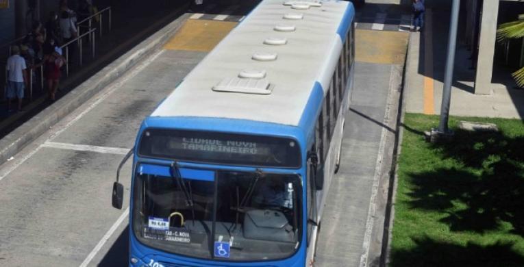 Transporte tem horário especial a partir desta sexta (18)