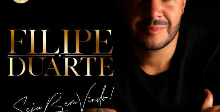 Filipe Duarte assina contrato com a Gold produtora de Ferrugem, Xande de Pilares e Tiee