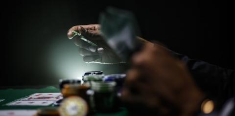 Poker online cresce no Brasil: a nova profissão traz oportunidades e necessidade de cuidados com a saúde