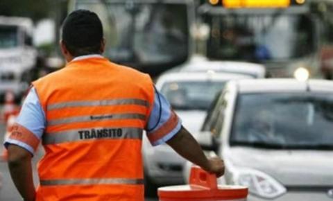 Trânsito é modificado no Comércio para obras de requalificação