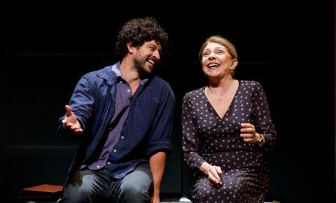 Teatro Vivo retorna com espetáculos e shows em formato híbrido