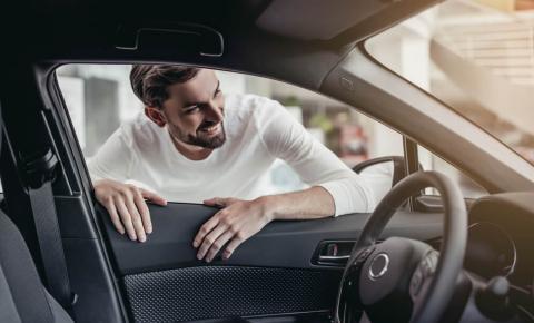 Dicas valiosas para negociar carros à venda