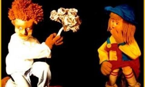Pelourinho tem teatro de bonecos e oficina de modelagem gratuitos no Museu Udo Knoff