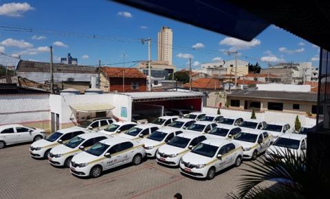 Motoristas profissionais estão impossibilitados de trabalhar com táxi