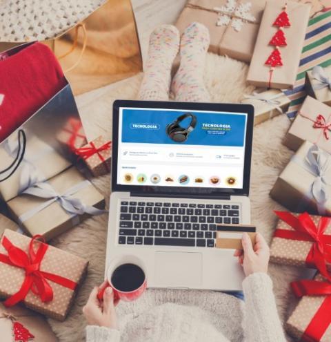 Shoppings possibilitam enviar presentes através de plataformas digitais.
