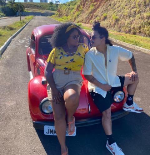 Os atores cariocas Douglas Sampaio e Adriana Mayra estão em Salvador gravando um Websérie.